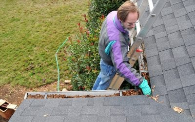 4 Steps to Safely Clean Your Gutters